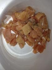 Add the chicken, lightly salt, pepper lemon basil